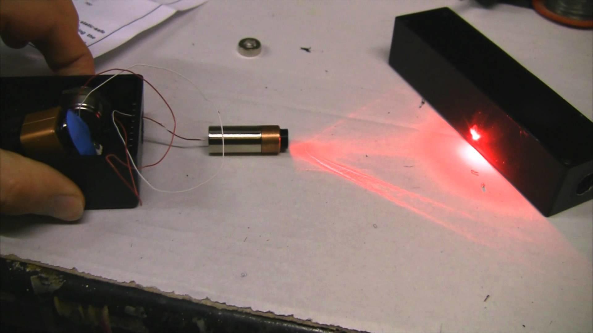 Как сделать мощный лазер своими руками, видео